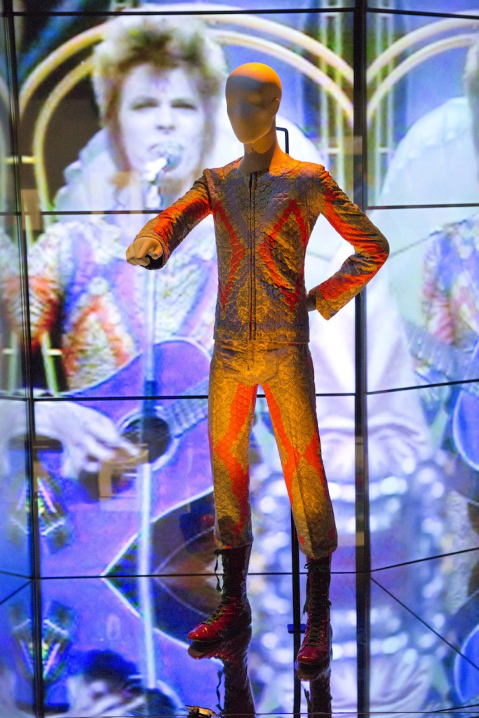 installation-shot-of-david-bowie-is-at-the-va-is-courtesy-david-bowie-archive-c-victoria-and-albert-museum-london-3